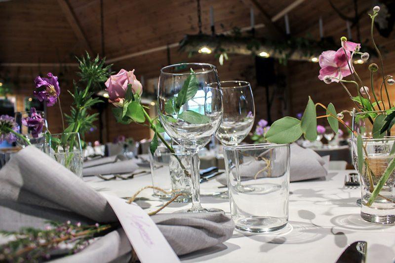 Bordsdukning bröllop